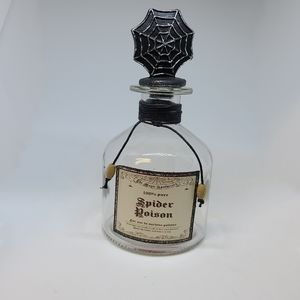 Halloween NWOT Spider Poison Glass Bottle